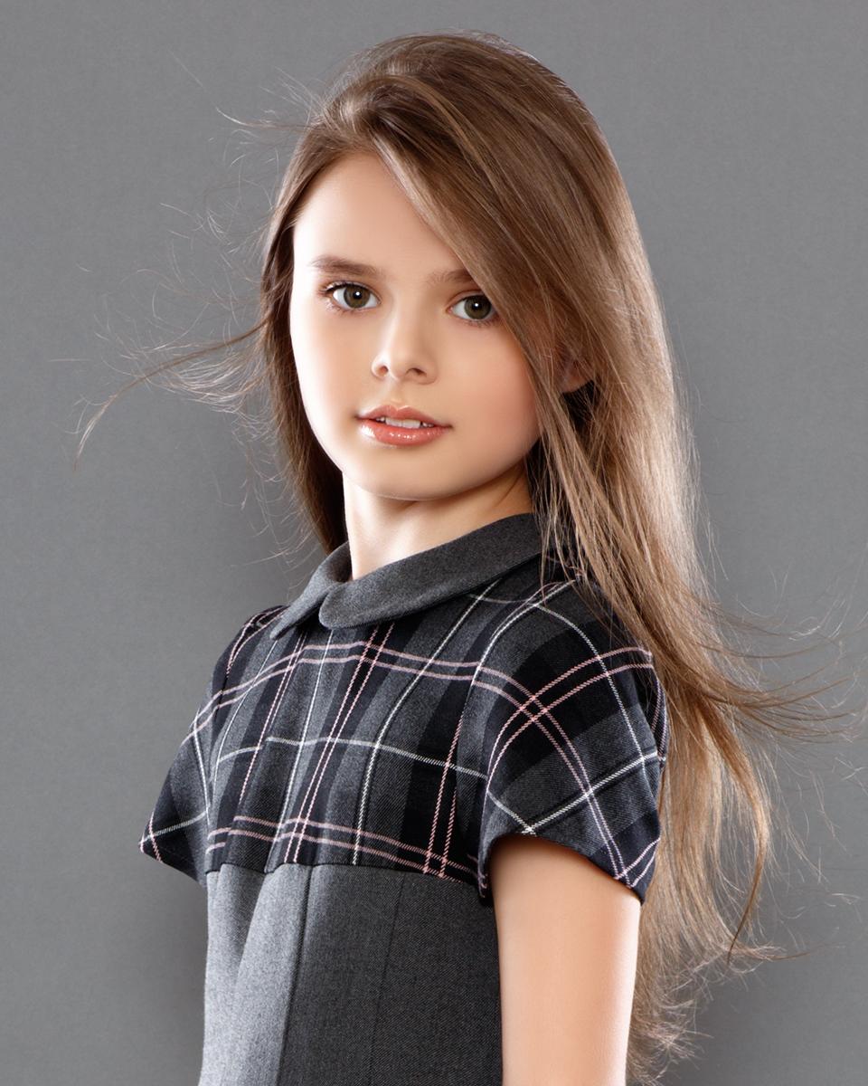 всему фото юних моделей сестра